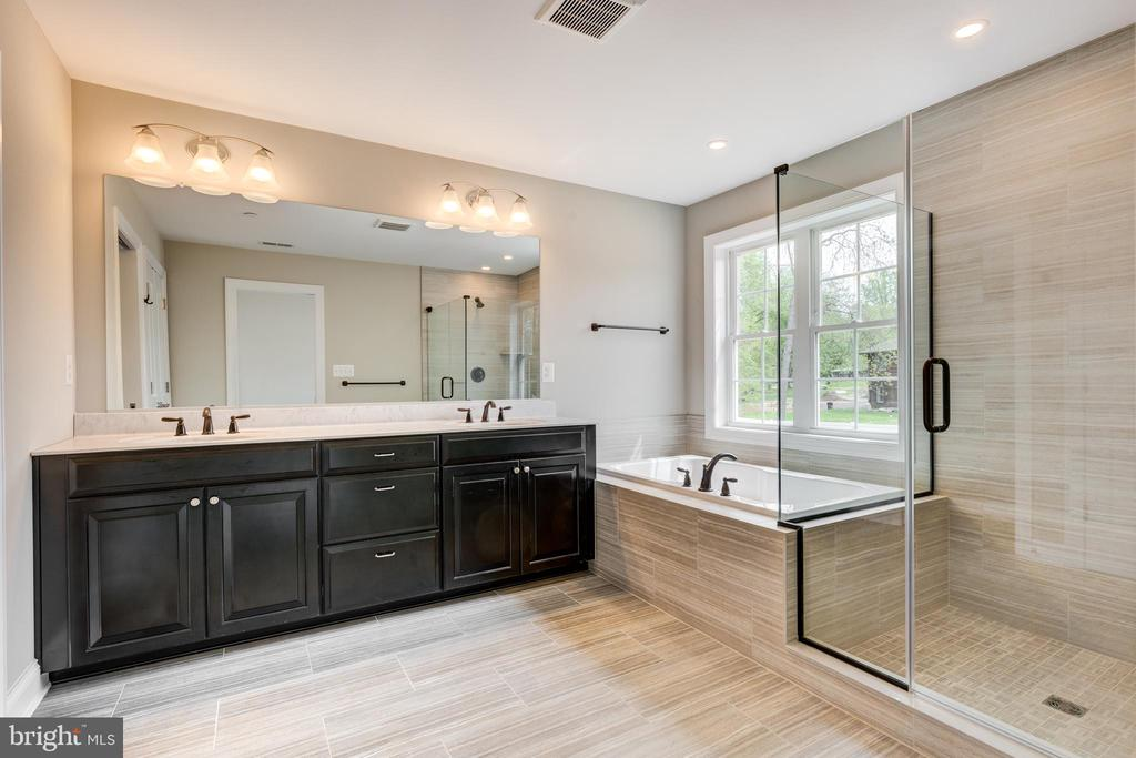 Primary Bathroom - For illustrative purposes only. - HOMESITE 3 FLORENCE RD, MOUNT AIRY