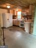 Garage kitchen - 10032 PLANK RD, SPOTSYLVANIA