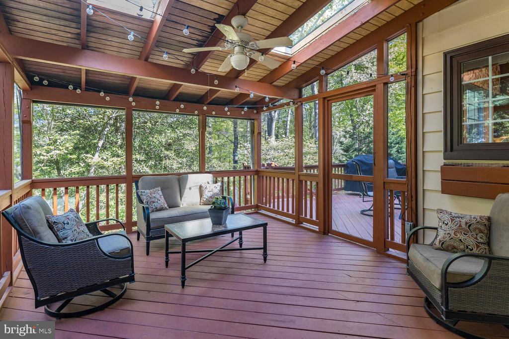 Screened-in Porch w/Skylights & Fan - 10654 CANTERBERRY RD, FAIRFAX STATION
