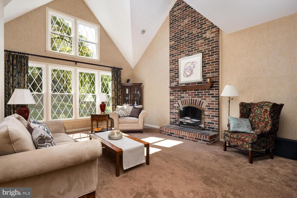 Two-Story Family Room w/Soaring Fireplace - 10654 CANTERBERRY RD, FAIRFAX STATION