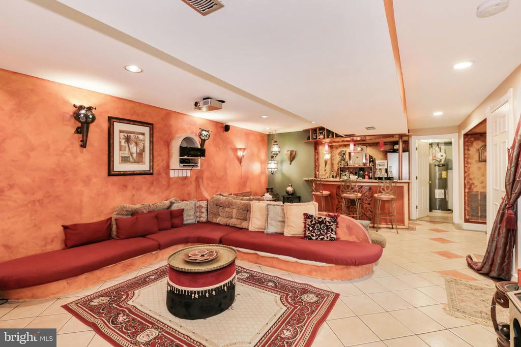 Lower Level - Lounge/Rec Room - 604 RIDGEWELL WAY, SILVER SPRING