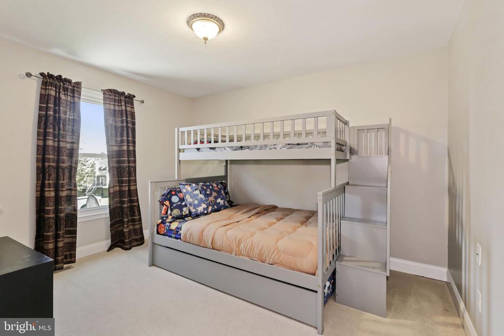 Bedroom #2 - 604 RIDGEWELL WAY, SILVER SPRING