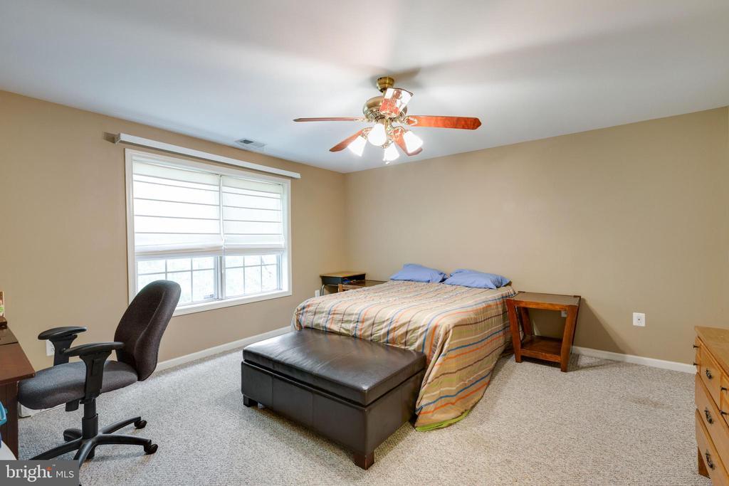 Bedroom 5 - 14917 GLADIOLUS CT, WOODBRIDGE