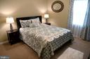Spacious owner's suite - 312 SYCAMORE DR, FREDERICKSBURG