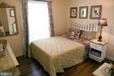 Bedroom 2 with wood floors - 312 SYCAMORE DR, FREDERICKSBURG