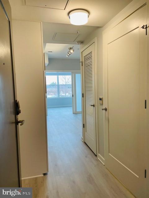 Studio apartment entrance - THE RUSHMORE-1220 PENNSYLVANIA AVE AVE SE, WASHINGTON