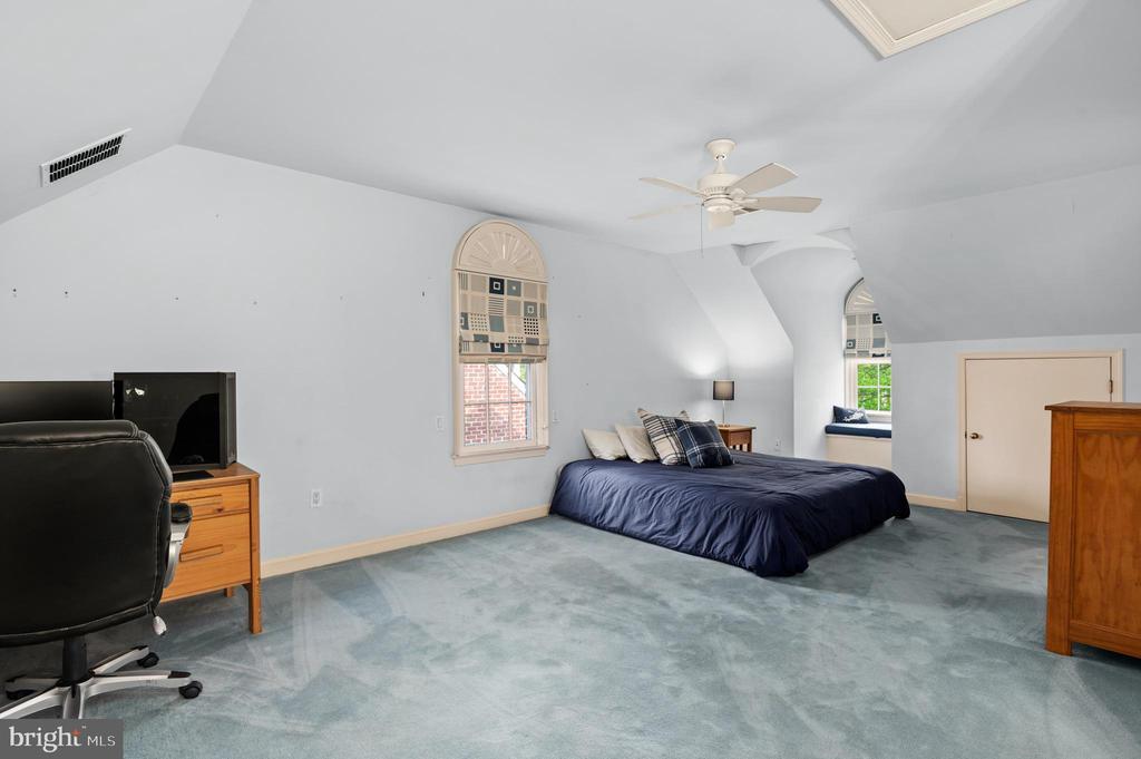 Bedroom 4 - 2208 KALORAMA RD NW, WASHINGTON