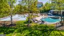 PRIVATE OASIS - 23068 CHARMAY POND PL, BRAMBLETON