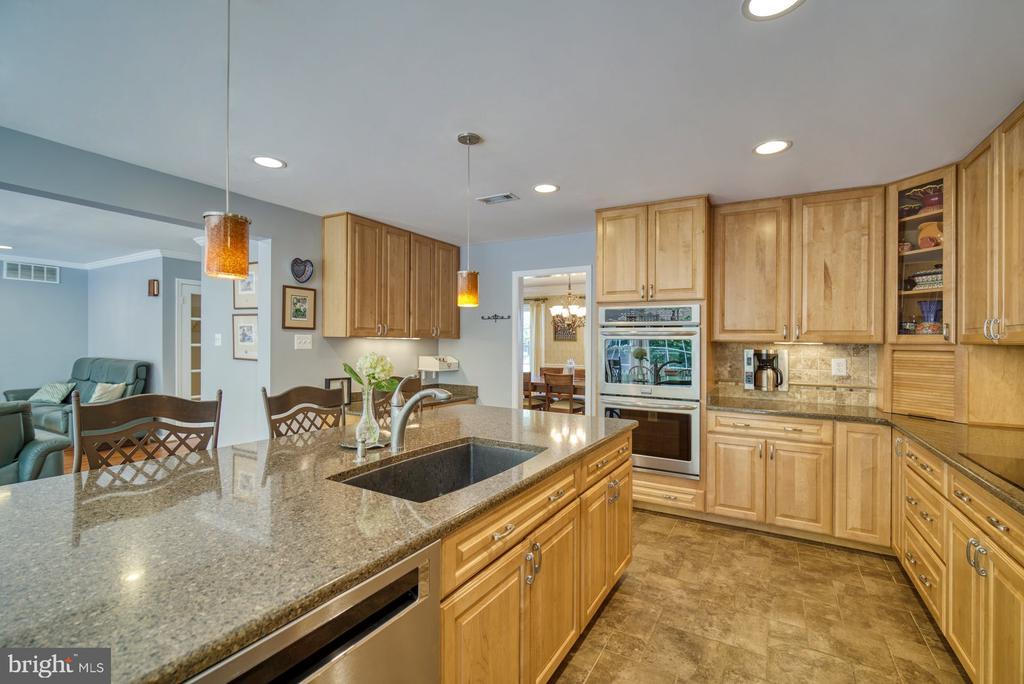 Updated Kitchen with quiet DW - 2645 BLACK FIR CT, RESTON