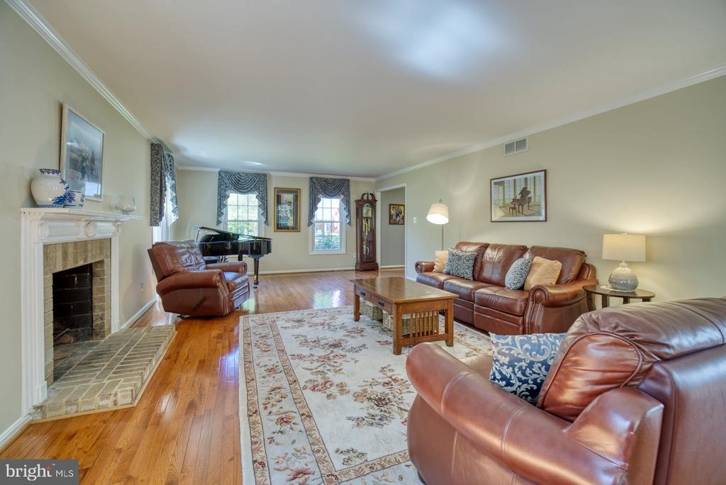Formal Living Room - 2645 BLACK FIR CT, RESTON