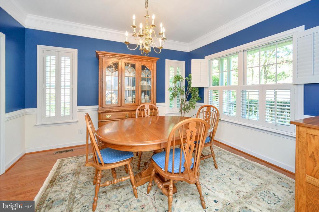 Fabulous formal dining room - 609 STRATFORD CIR, LOCUST GROVE
