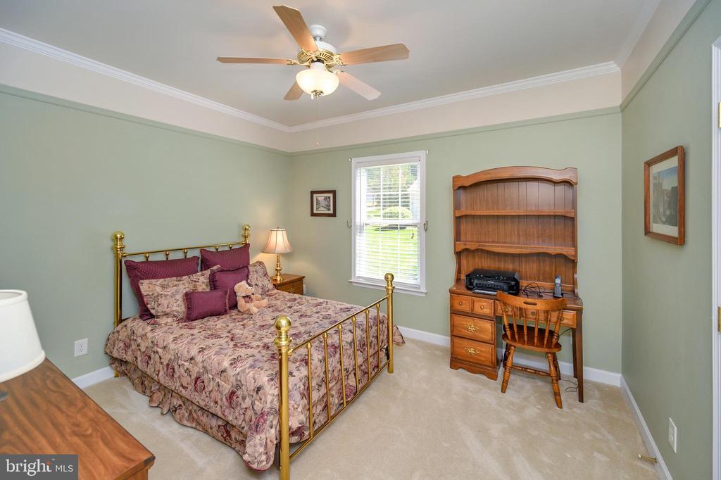Bedroom #2 - 609 STRATFORD CIR, LOCUST GROVE