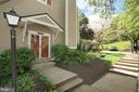 Front Entrance - 2917 S WOODSTOCK ST #A, ARLINGTON