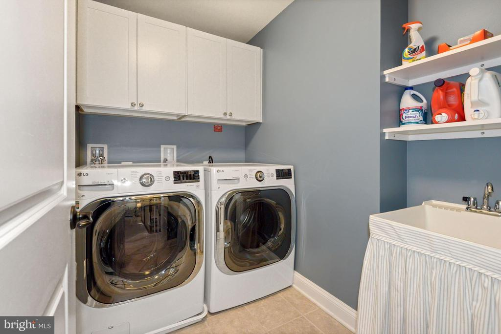 Upper level laundry - 24177 STATESBORO PL, ASHBURN