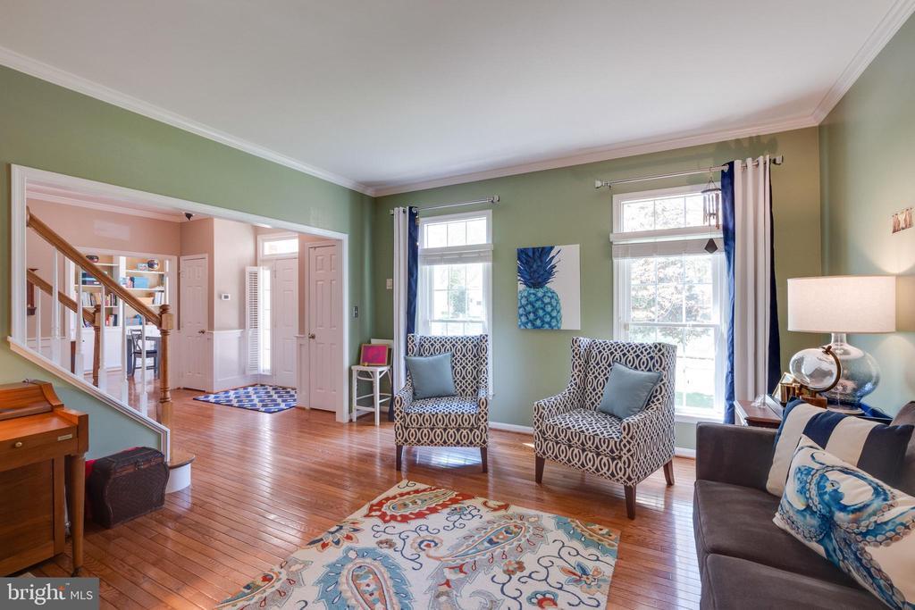 Formal Living Room - 15971 KENSINGTON PL, DUMFRIES