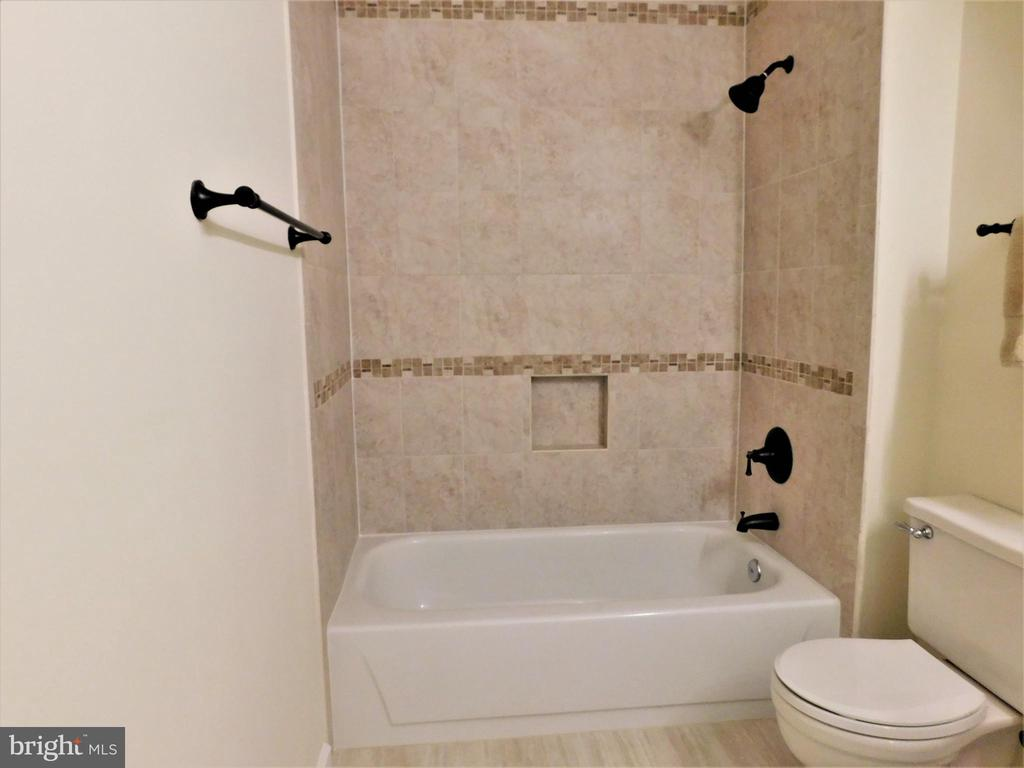 FBA tub-shower w/custom tile surrounds - 12520 BROWNS FERRY RD, HERNDON