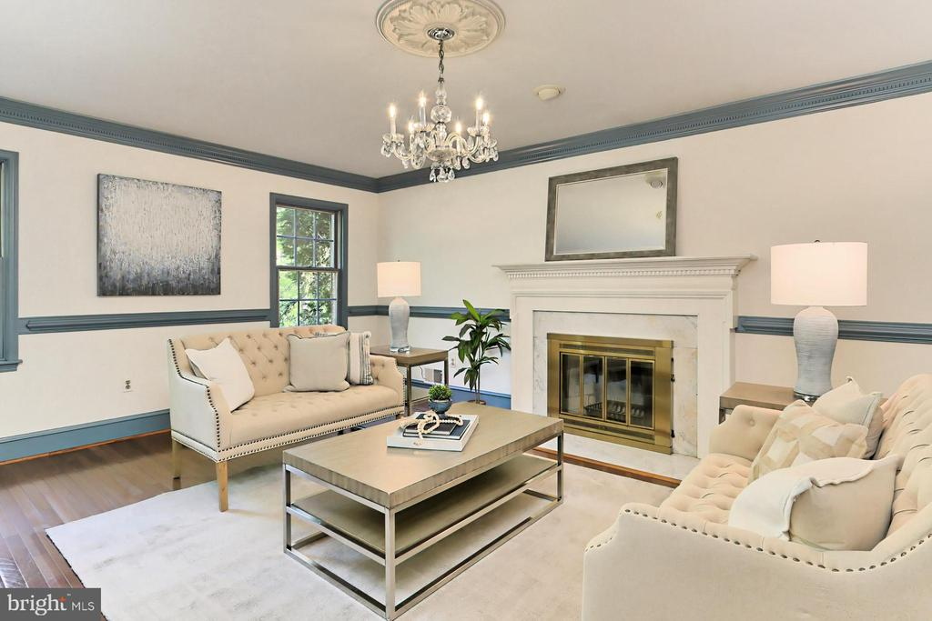 Living room with Fireplace - 10700 HAMPTON RD, FAIRFAX STATION