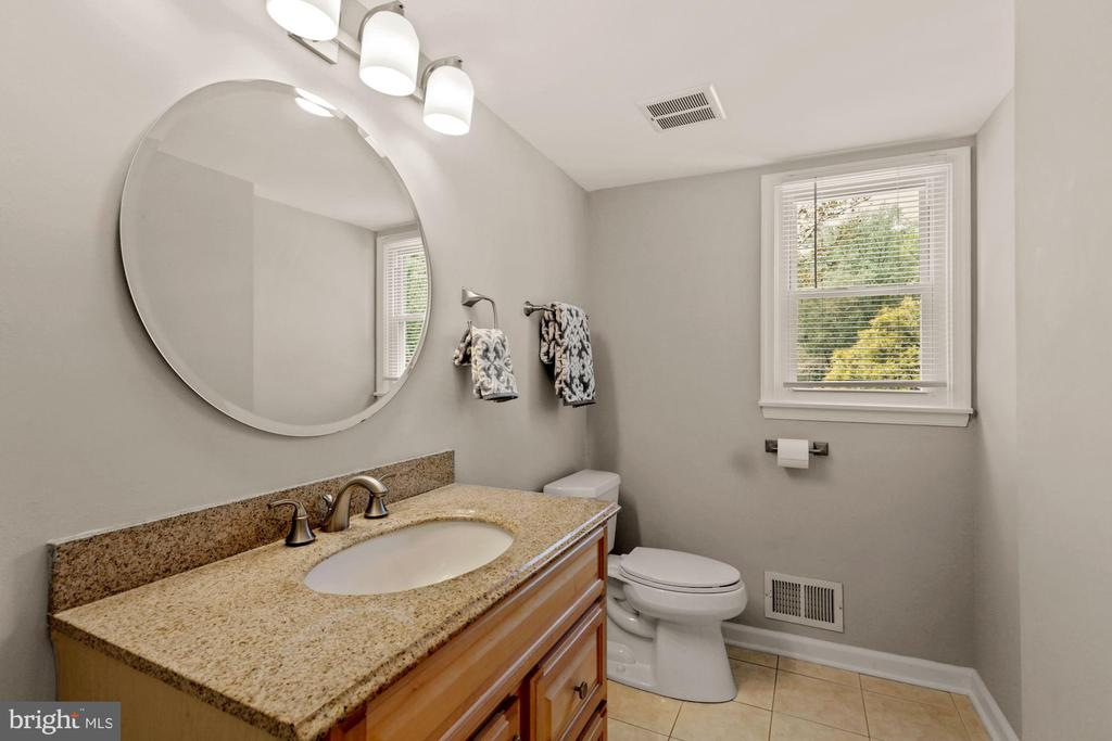 Powder Room on Main Level - 7608 MANOR HOUSE DR, FAIRFAX STATION
