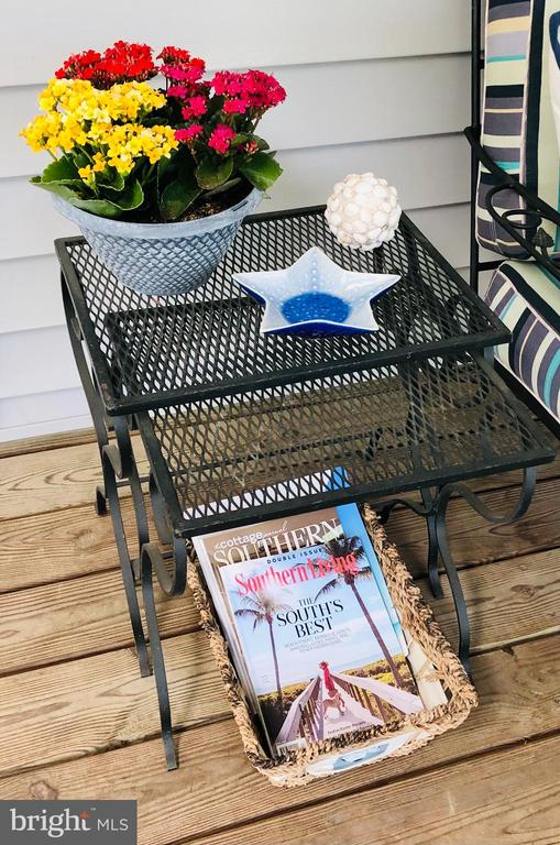 Perfect for an afternoon read! - 222 BIRDIE RD, LOCUST GROVE