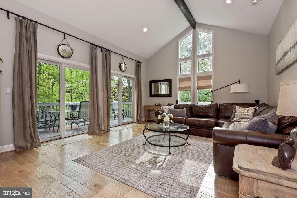 Floor to ceiling windows in living area - 2108 OWLS COVE LN, RESTON