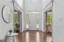 Bright and airy foyer welcomes you home. - 304 BERRY ST SE, VIENNA