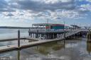 Robinson Landing Pier - 16 BAKERS WALK #104, ALEXANDRIA