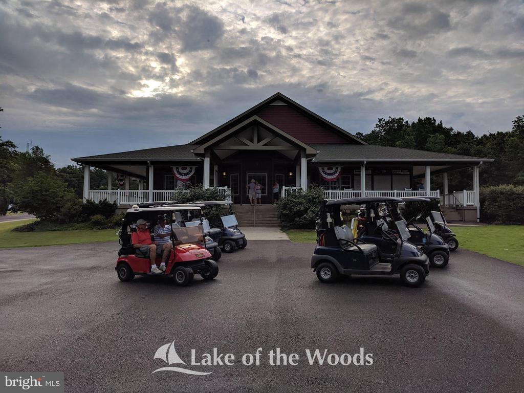 Golf Pro Shop - 609 STRATFORD CIR, LOCUST GROVE