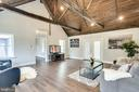 Living Room/Grand Room - 16942 FREDERICK RD, MOUNT AIRY