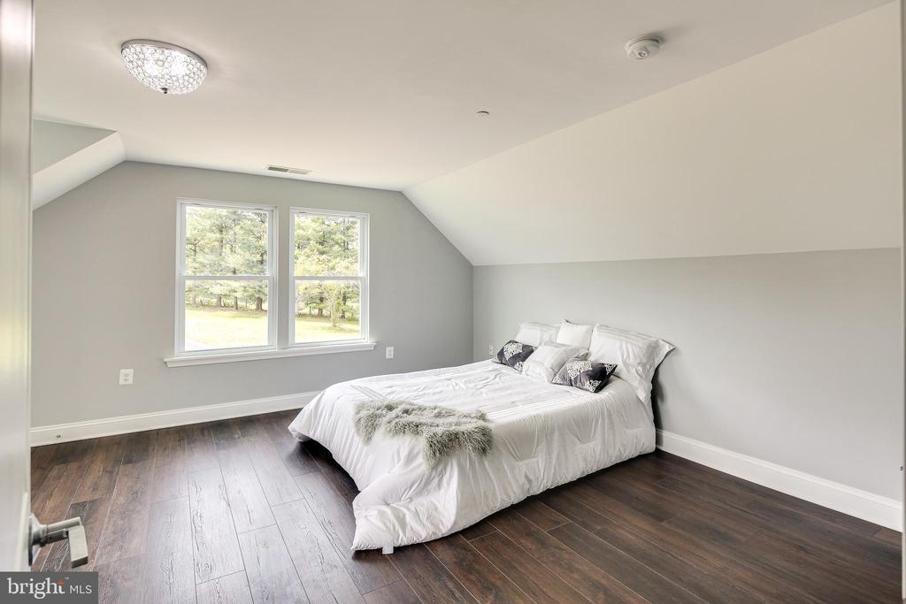 Bedroom #2 - 16942 FREDERICK RD, MOUNT AIRY