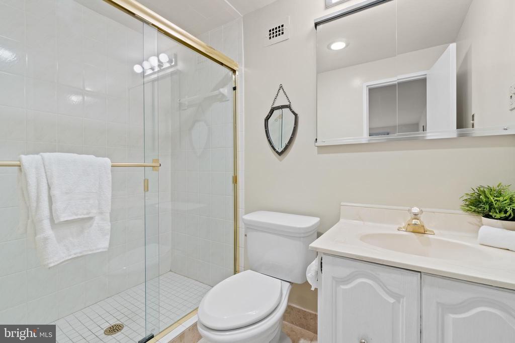 Updated Primary Bathroom - 1200 N NASH ST #240, ARLINGTON