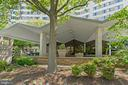 Beautiful Landscaping and Key-fob Entry - 1200 N NASH ST #240, ARLINGTON