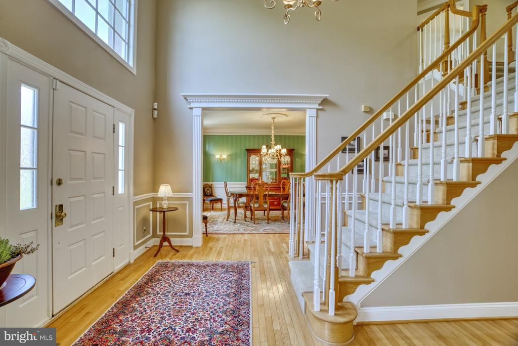 Grand Two Story Foyer - 1269 COBBLE POND WAY, VIENNA