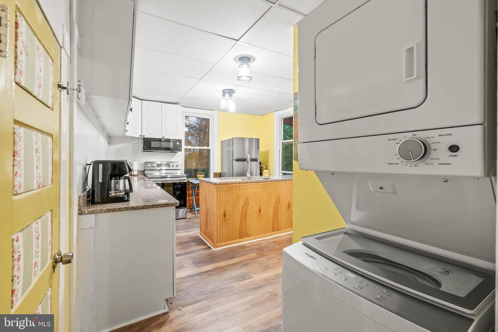 Washer/Dryer - 19315 LIBERTY MILL RD, GERMANTOWN