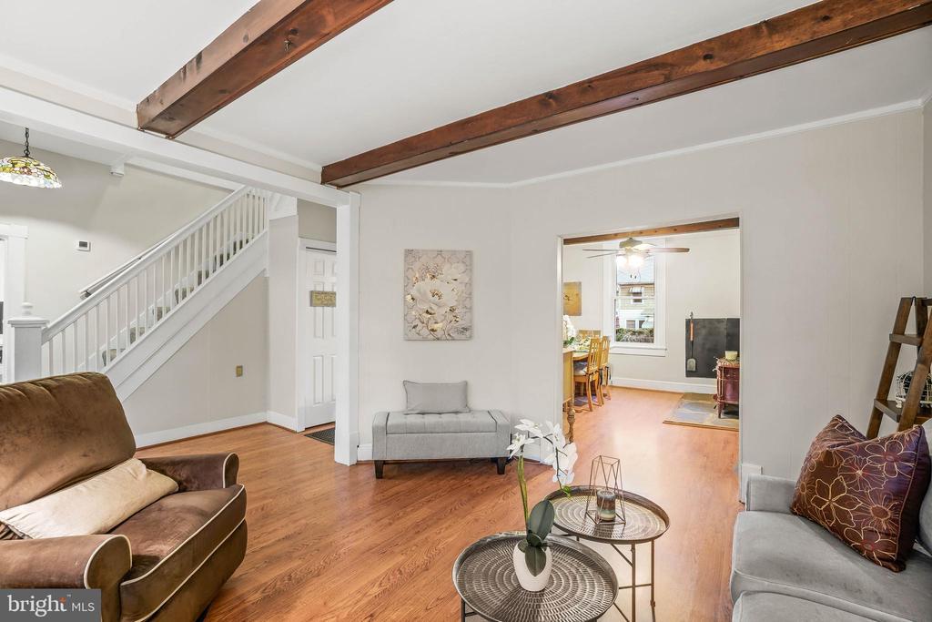 Living Room - 19315 LIBERTY MILL RD, GERMANTOWN