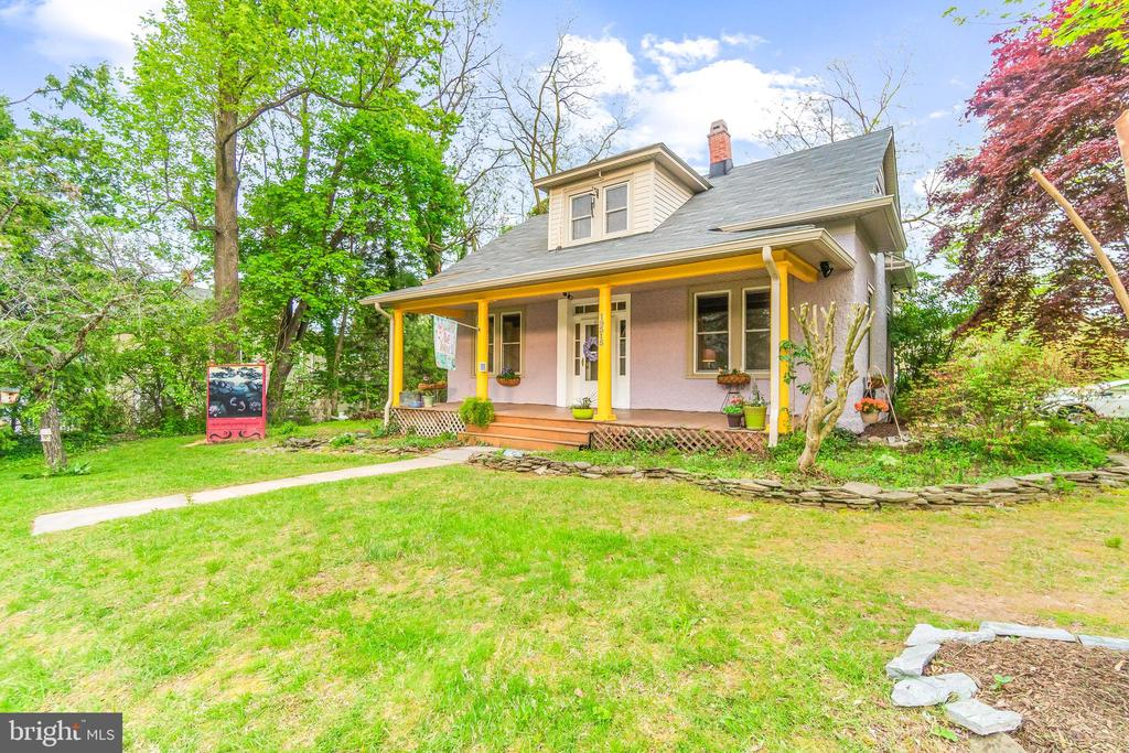 Charming House in Historic Germantown! - 19315 LIBERTY MILL RD, GERMANTOWN