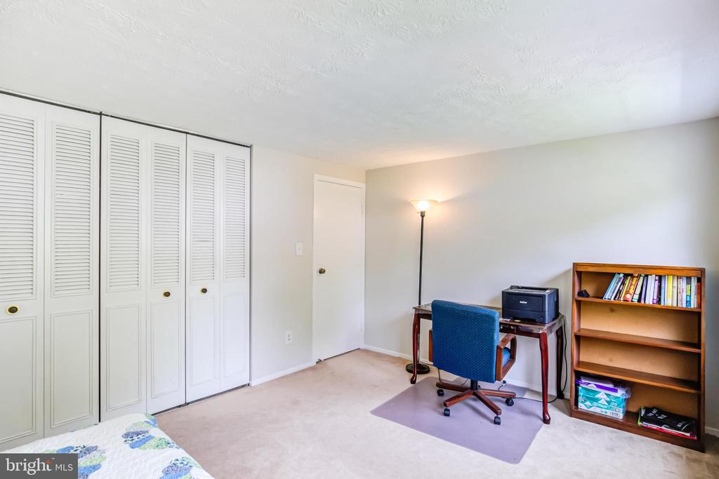 2nd Bed Room - 5744 HEMING AVE, SPRINGFIELD