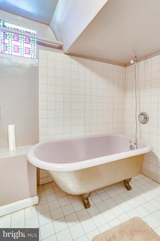 Basement Bath - 724 SLIGO AVE, SILVER SPRING