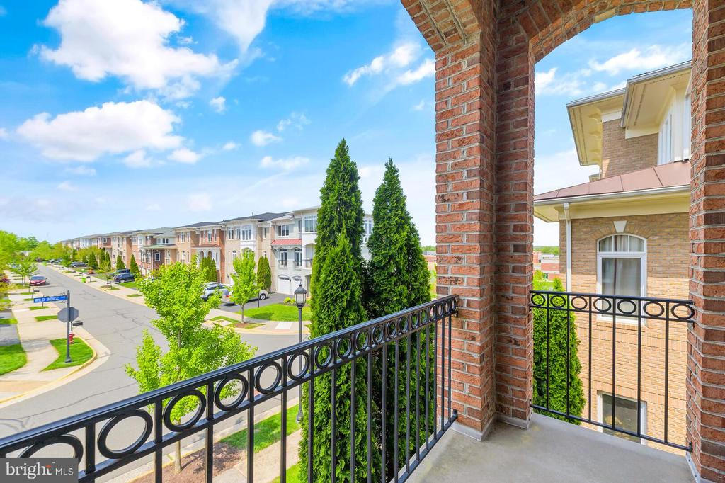 Balcony off the main level office. - 43575 WILD INDIGO TER, LEESBURG