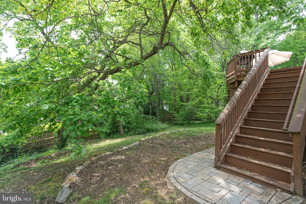 Stairs leading to deck - 7305 LANGSFORD CT, SPRINGFIELD