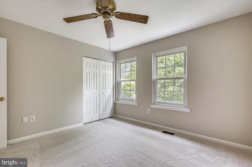 Bedroom 2 - 826 POTOMAC RIDGE CT, STERLING