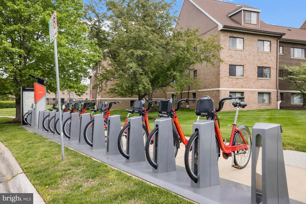 Grab a bike at the corner! - 11507 AMHERST AVE #102, SILVER SPRING