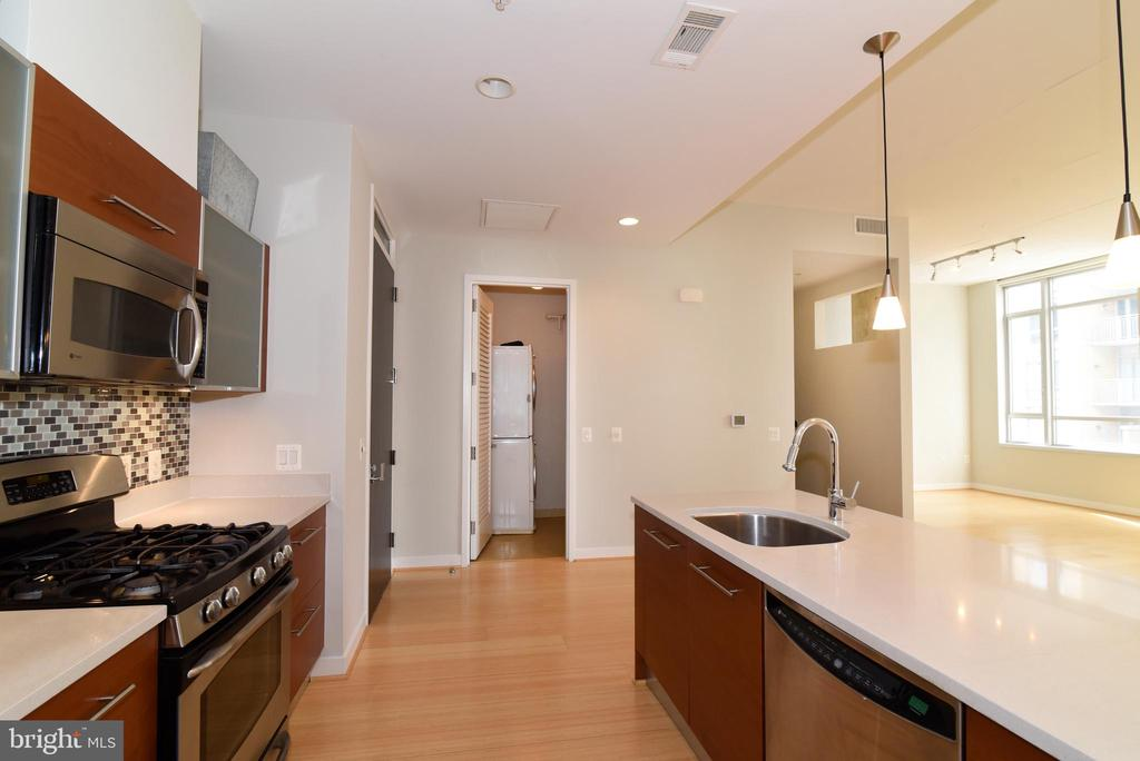 In unit laundry and utility closet - 12025 NEW DOMINION PKWY #311, RESTON