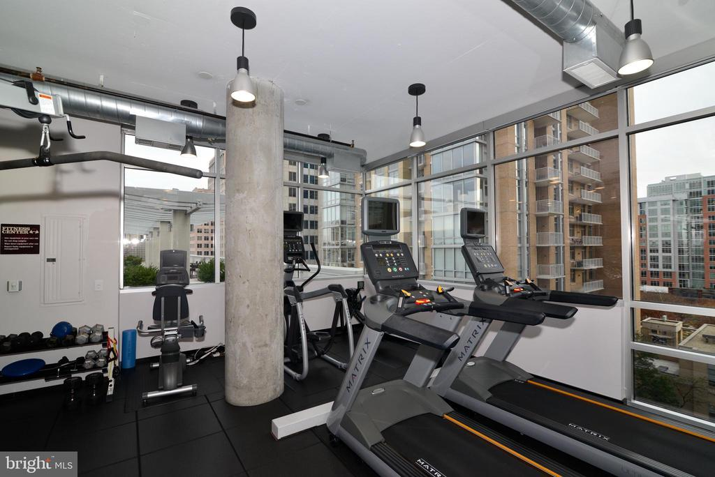 No gym membership needed - 12025 NEW DOMINION PKWY #311, RESTON