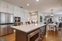 Quartz top Island with Microwave - 43690 MINK MEADOWS ST, CHANTILLY