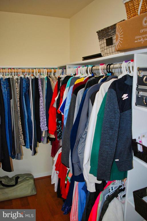 Walk In Closet - 12902 CHURCHILL RIDGE CIR #2-1, GERMANTOWN