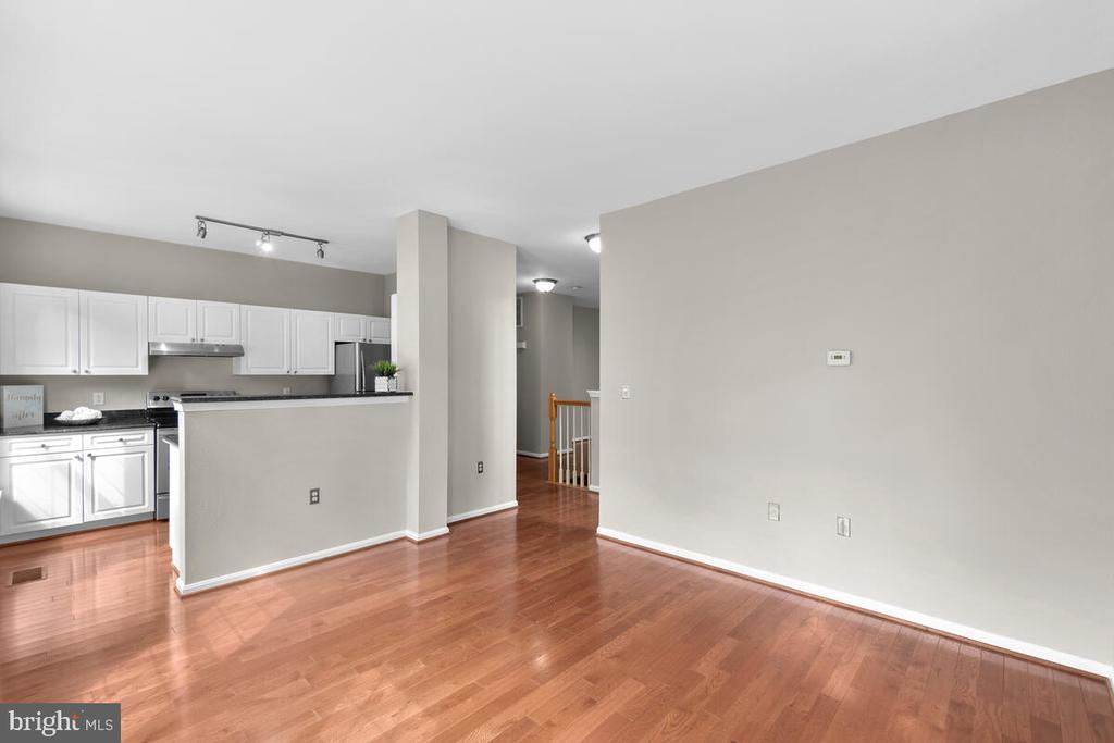View from family room to kitchen - 8050 NICOSH CIRCLE LN #42, FALLS CHURCH