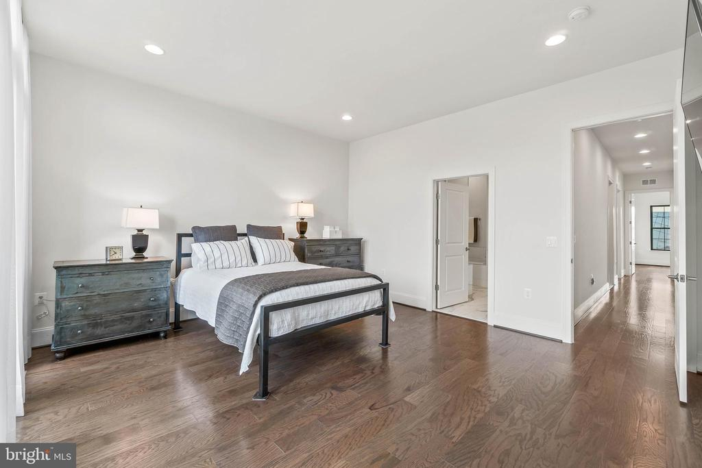 Masater Bedroom View 2 - 20382 NORTHPARK DR, ASHBURN