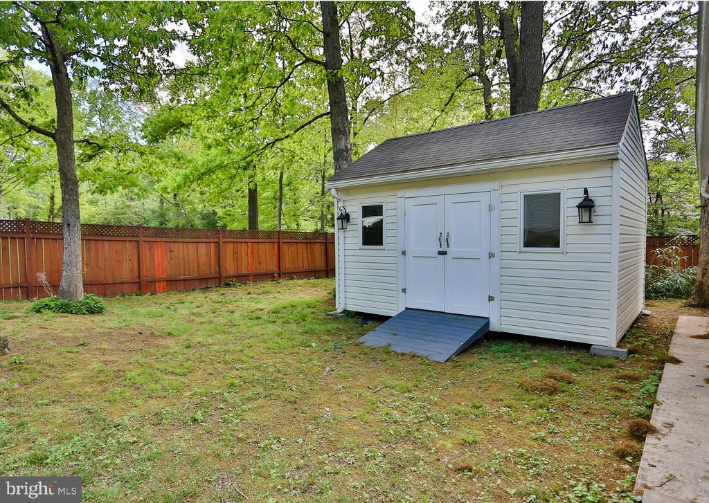 Shed - 7215 TANAGER ST, SPRINGFIELD