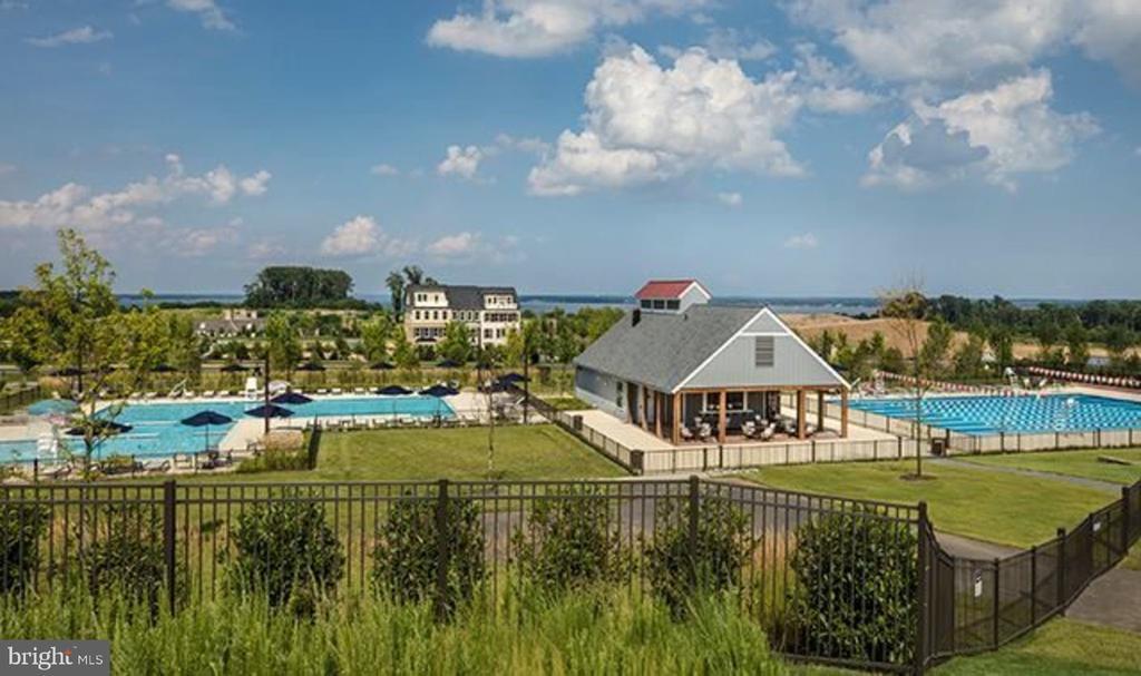 Community Pools: lap pool & recreation pool - 2094 TWIN SIX LN, DUMFRIES