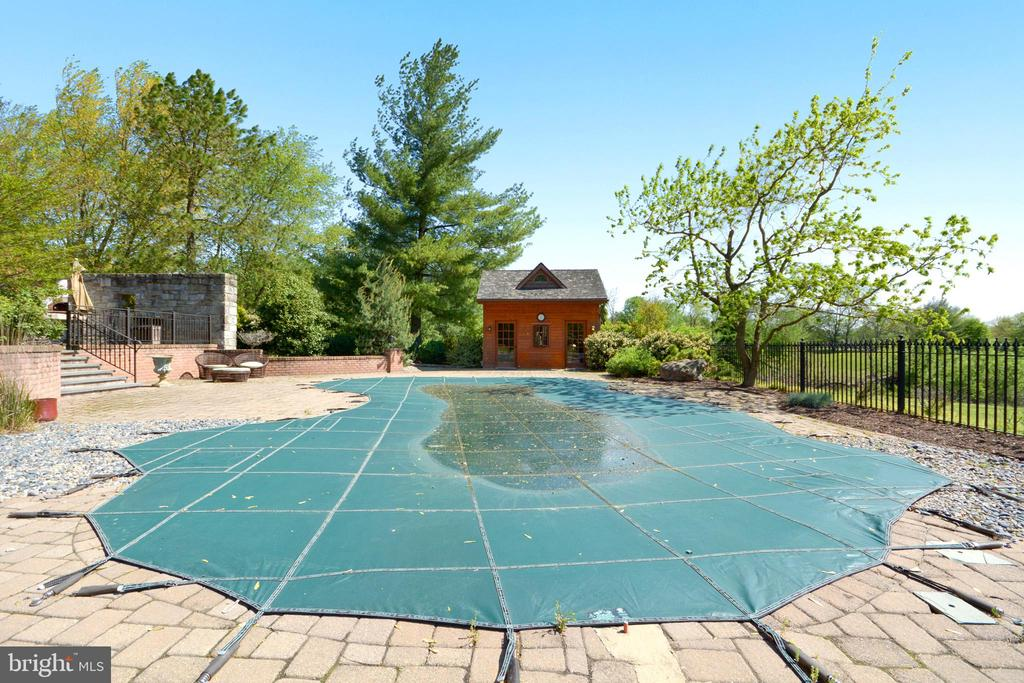 - 11024 OLD FREDERICK RD, THURMONT